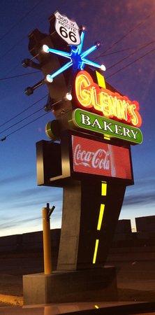 Glenn's Pastries