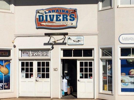 Lahaina Divers: The Shop