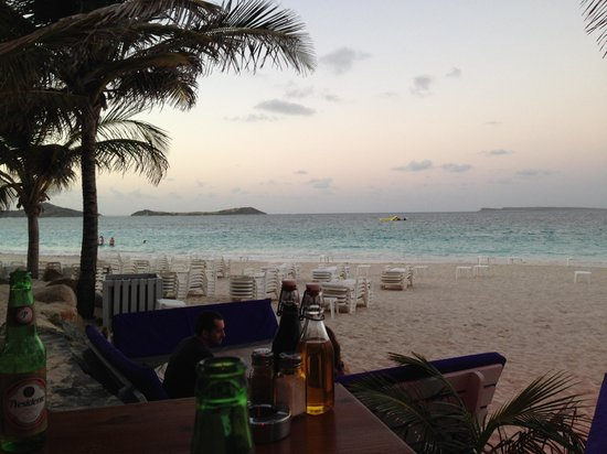 La Playa Orient Bay : View from Dinner