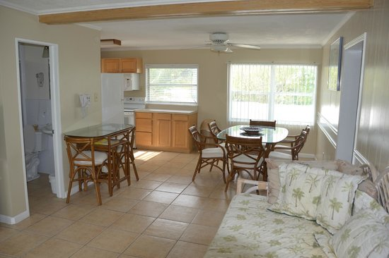 Blackfin Resort and Marina : Living area of the 2 Bedroom / 2 Bathroom Apartment