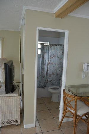 Blackfin Resort and Marina : Bathroom of the 2 Bedroom / 2 Bathroom Apartment