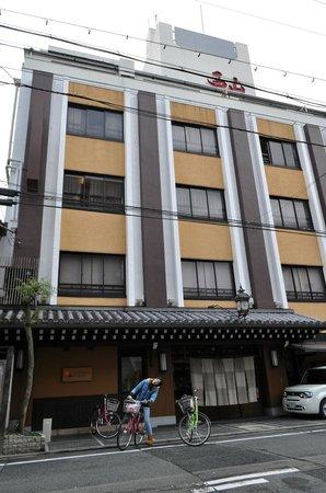 Nishiyama Ryokan: 西山旅館外觀