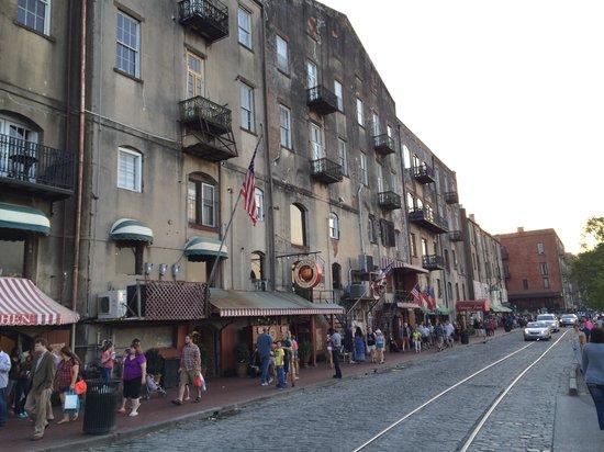 Comfort Suites Historic District: River Front
