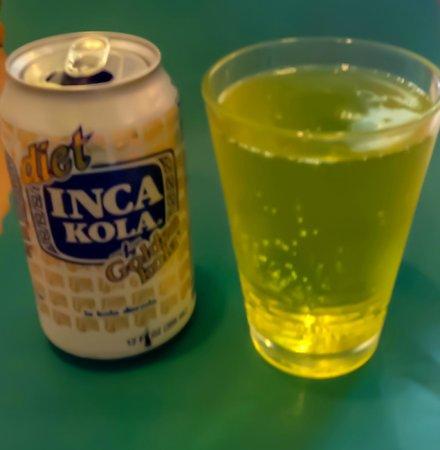 Delicias Peruanas: Appropriately Gold Inca Cola