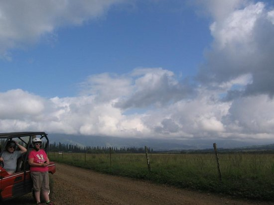 Kipu Ranch Adventures : panoramic view of the ranch