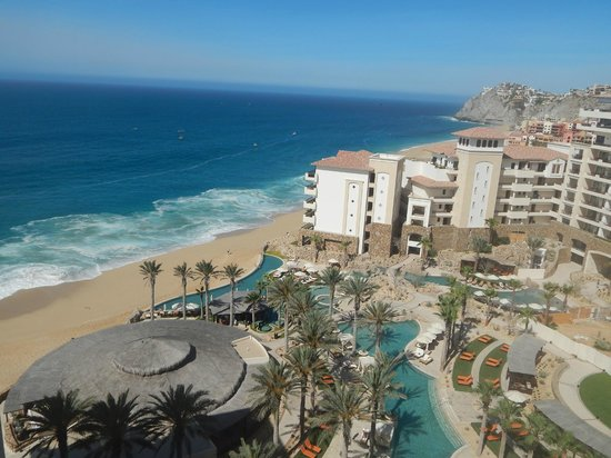 Grand Solmar Land's End Resort & Spa: Grand Solmar and Pacific Ocean.