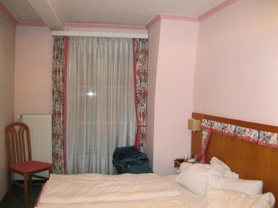 Stadtkrug Hotel: 2 camas de solteiro