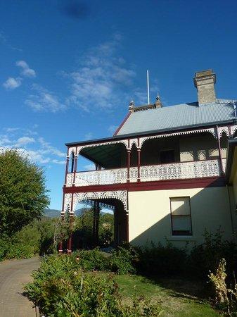 Tynwald Willowbend Estate: Like Castle
