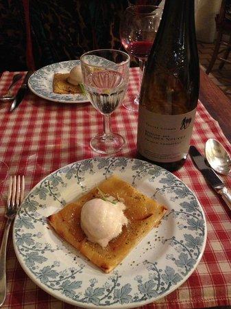 Le Saint Honore: Le délicieuse tarte fine