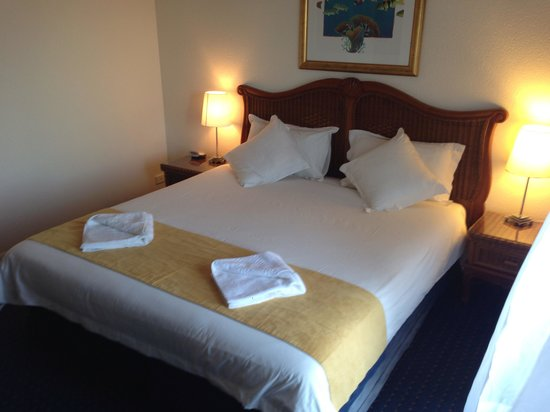 Tinaroo Lake Resort: Bedroom