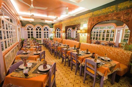 Amok Restaurant: VIP ROOM/ AC can accomodate 40 pax