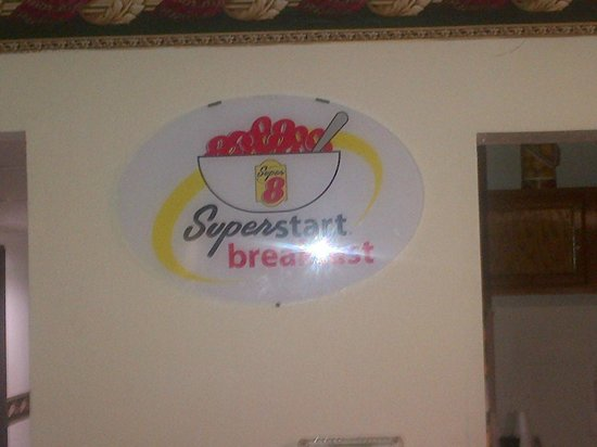 Super 8 by Wyndham Waco University Area: Breakfast area