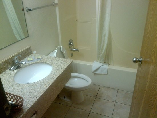 Super 8 Waco University Area: Much worse bathrooms out there.