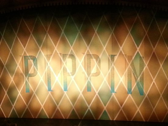 Pippin The Musical: curtain