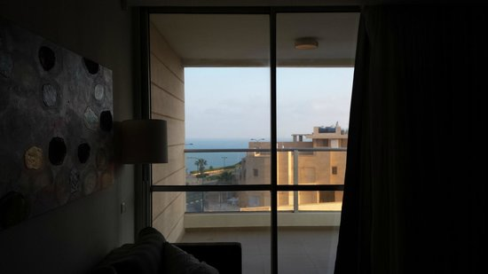 Ramada Hotel and Suites Netanya: View of sea