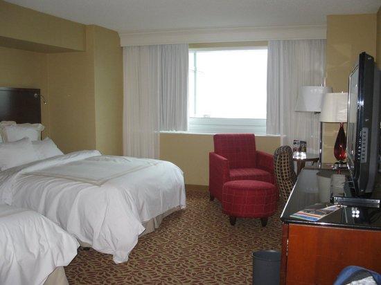 Niagara Falls Marriott Fallsview Hotel & Spa : Room