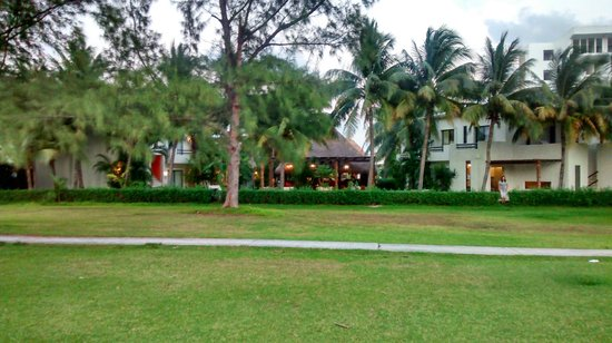 Laguna Suites Golf & Spa: Vista trasera