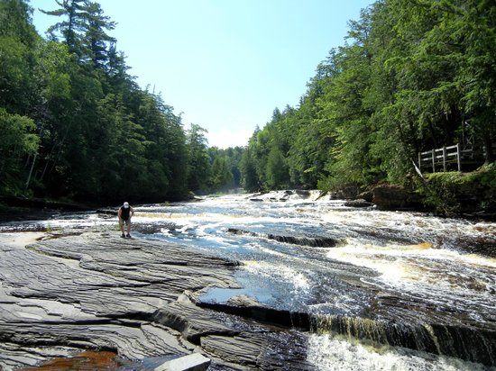 Porcupine Mountains Wilderness State Park: Presque Isle River