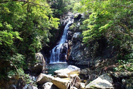 Hiji waterfall: Beautiful waterfall