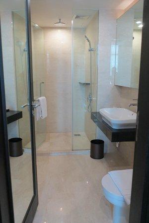 Hatten Hotel Melaka : Bathroom