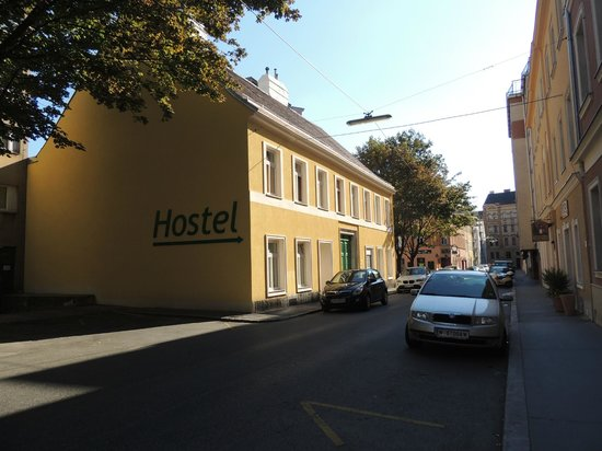 Hostel Ruthensteiner: Direction