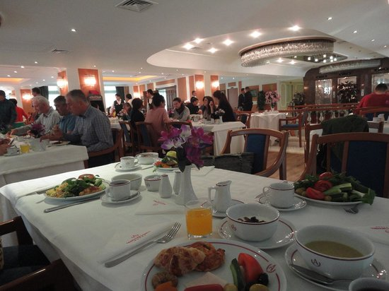 Akgun Istanbul Hotel: 朝食2