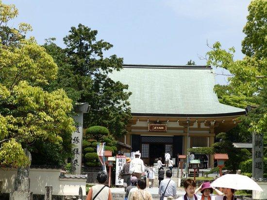Kanjizaiji Temple : 新調の本堂