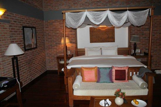 Pilgrimage Village: Room 141