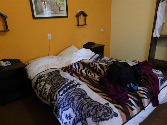 Colca Llaqta Hotel: thank goodness there was an abundance of blankets