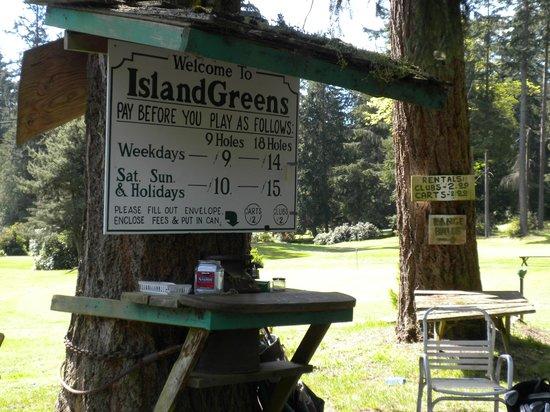 Island Greens Golf: Pay Station