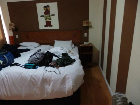 Intiqa Hotel: our updated bedroom