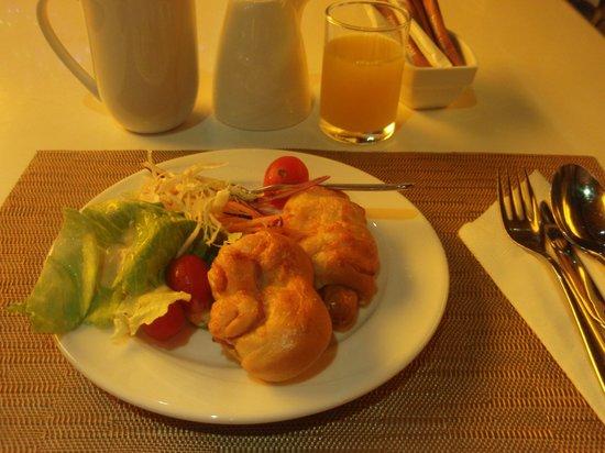 Citrus Sukhumvit 13 by Compass Hospitality: 朝ごはん、6時ジャストだと…
