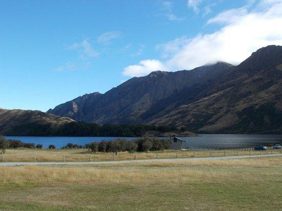 Moke Lake: view of the lake