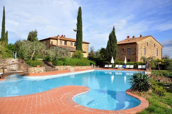 Rigone in Chianti: the pool