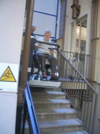 Hotel Residence Torino Centro: Stairlift at hotel