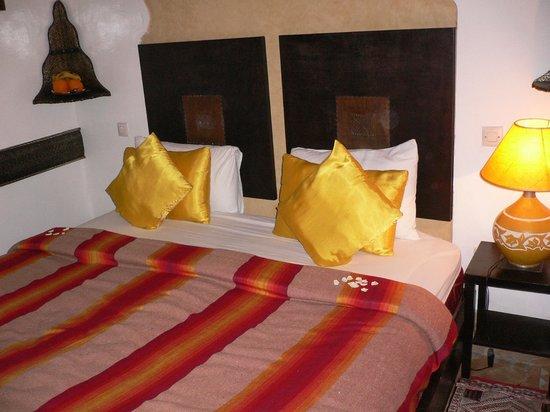 Riad La Porte Rouge : 寝室