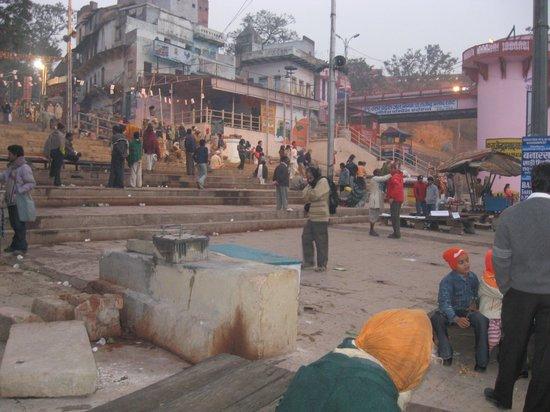 Dasaswamedh Ghat at dawn.
