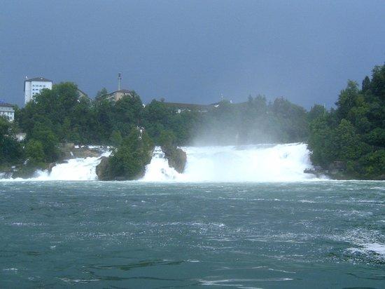 Rheinfall (nach einem Gewitter)