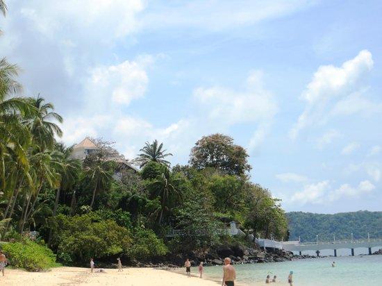 Kantary Bay, Phuket : private beach at sister hotel, wasn't crowded