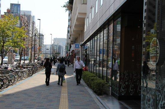E Hotel Higashi Shinjuku: Lawson Conviniece Shop