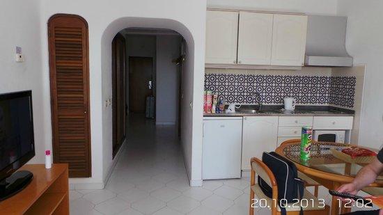 Hotel Apartamento Brisa Sol : the hallway