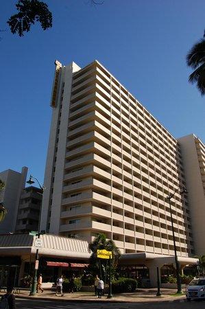 Ambassador Hotel Waikiki : 外観