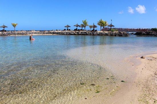 InterContinental Mauritius Resort Balaclava Fort : Beach