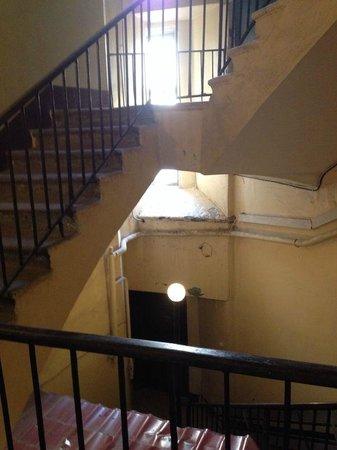 Guest House Nevsky 3: В подъезде, где расположен гостевой дом