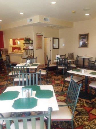 Hilton Garden Inn Flagstaff: レストラン
