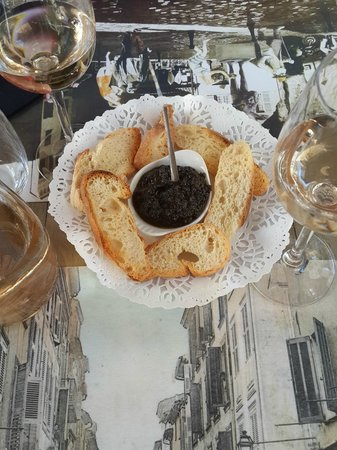 Le Cafe du Coin : Fresh Tapenade