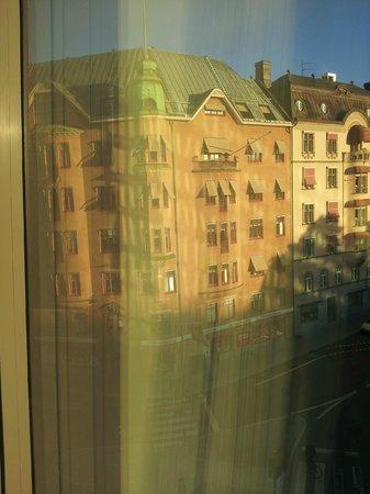 Clarion Hotel Sign : вид из номера
