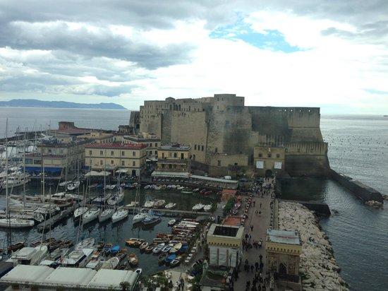 Grand Hotel Vesuvio: vue de notre chambre
