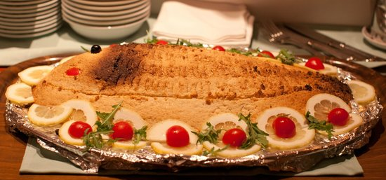 Terrazza Brunella: Pesce al forno in crosta di patate
