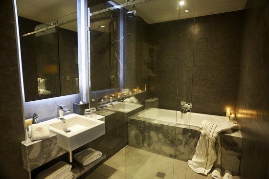 Gambaro Hotel: Gambaro Suite, Bathroom